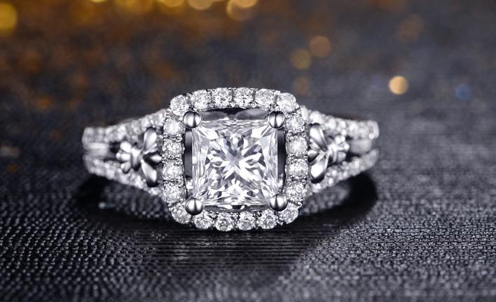 合肥周生生钻石戒指回收报价